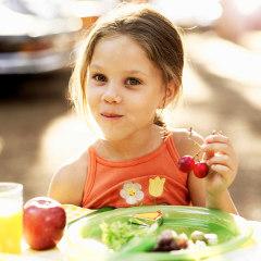 les remarques concernant le poids des enfants les affectent négativement