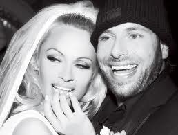 Pamela Anderson demande à Rick Salomon le divorce
