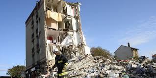 L'effondrement d'un immeuble en Seine-Saint-Denis