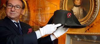 Un chapeau de Napoléon a été vendu à près de deux millions d'euros