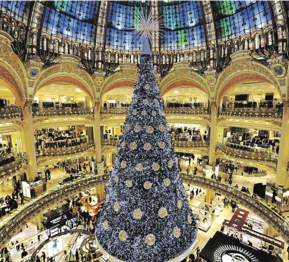Zone Interdite sur les fêtes de fin d'année et la folie des magasins ce 27 décembre sur M6