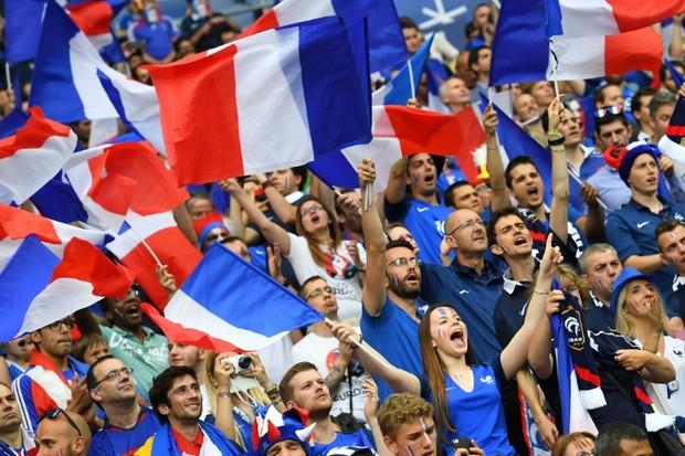 Voir le match France Islande en direct sur Internet | Tixup.com