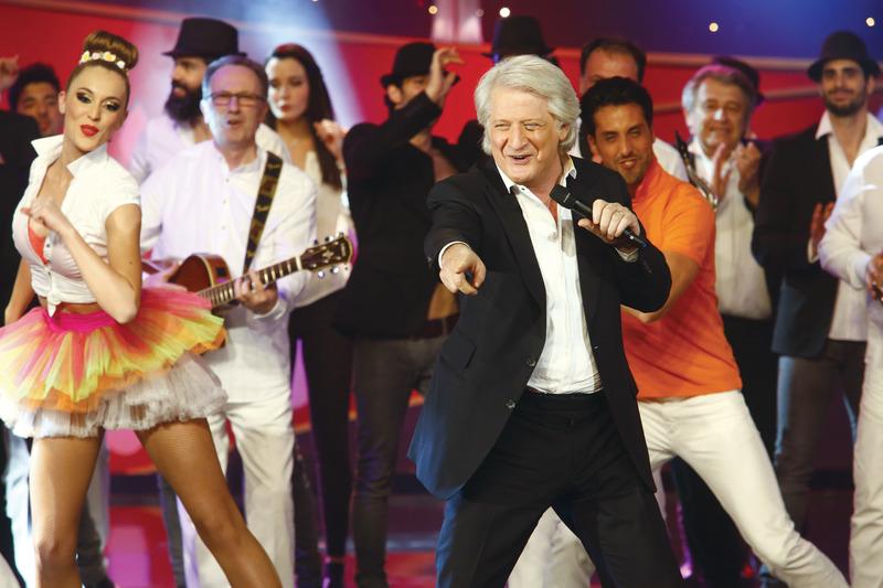 Voir ou revoir Le plus grand cabaret du monde sur France 2 ou en vidéo et replay