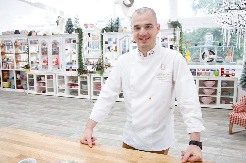 La finale du meilleur pâtissier de Noël sur M6 : Gâteaux de fêtes en vidéo replay