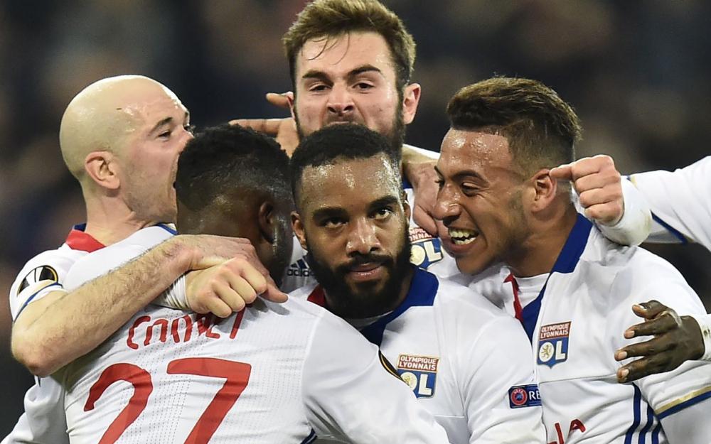 Regarder le match Lyon Besiktas en direct à la TV sur W9 : Résultat OL, score et replay buts Europa Ligue