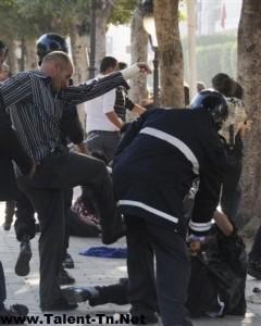 Répression d'une manifestation à Tunis