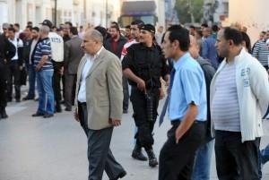 Répression violente d'une manifestation à Tunis