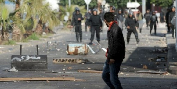 Violences au centre ville de Tunis
