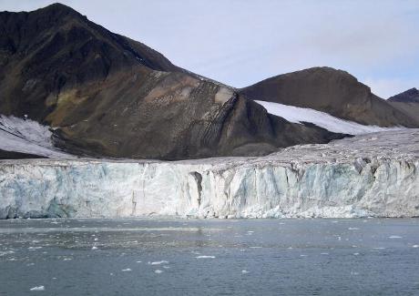 Arctique: vers une fonte record de la calotte glaciaire