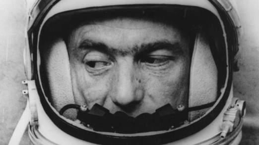 Scott Carpenter a été en orbite autour de la Terre trois fois en 1962
